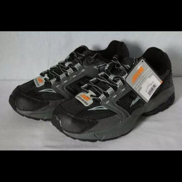 a8e3ab1a8006 AVIA Mens Jag Athletic Shoes Black Memory Foam New